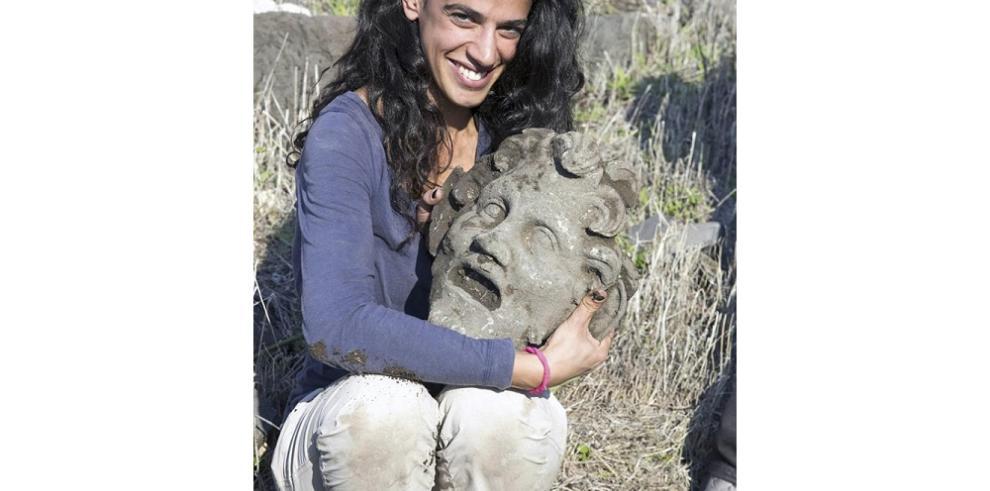 Encuentran rara máscara del dios griego Pan en Israel