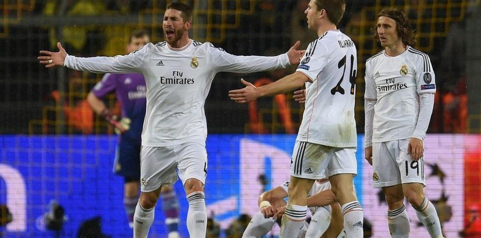 Real Madrid casi clasificado, Oporto también con ventaja