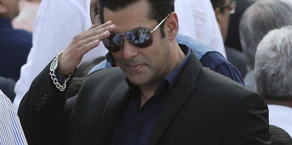 Condenan a 5 años de prisión al actorSalman Khan por homicidio