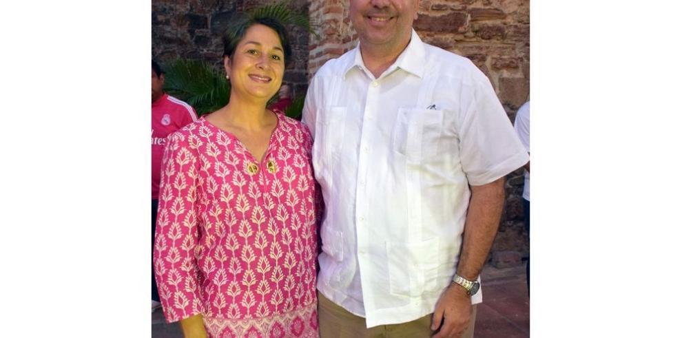 Panamá rinde tributo a la palabra poética