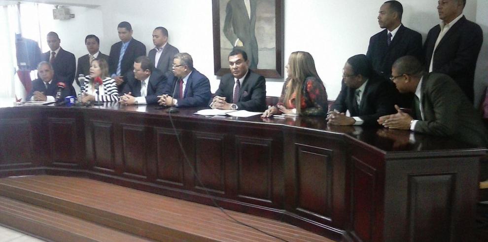 Abogados rechazan creación de cárcel en Isla Coco