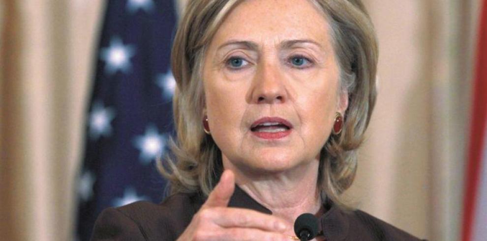Hillary Clinton defiende un vasto plan para derrotar al yihadismo