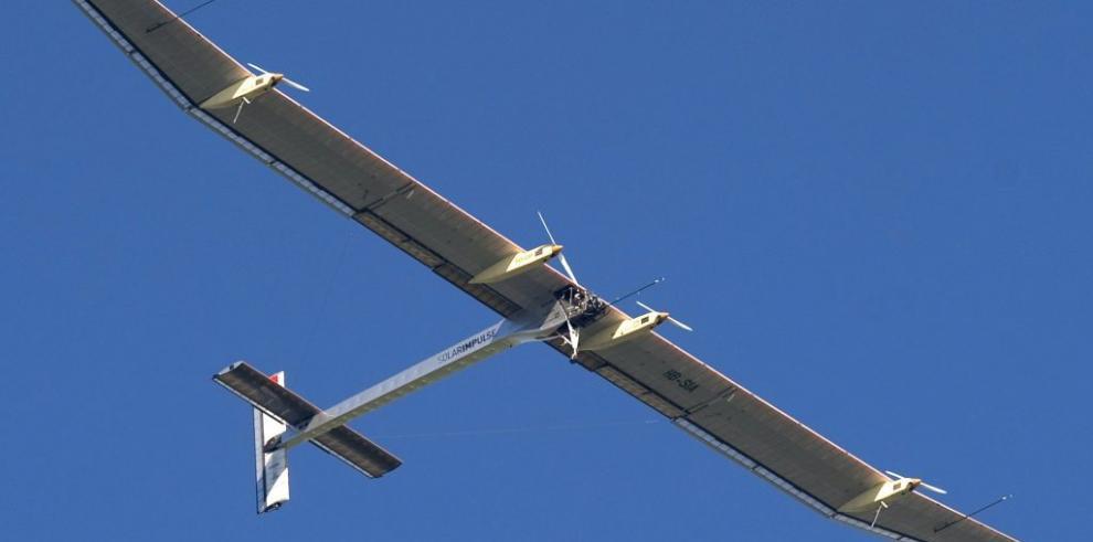 Solar Impulse se prepara para cruzar el Pacífico