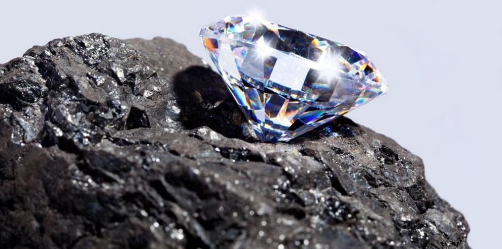 Compradores de diamantes se resisten a precios de De Beers
