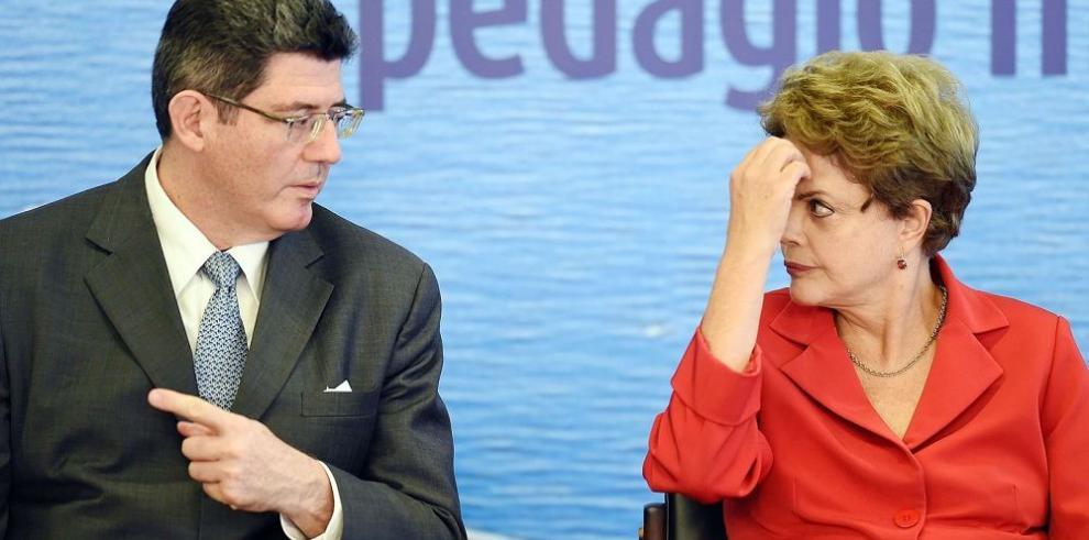 Rousseff ensaya varias opciones para frenar el déficit fiscal