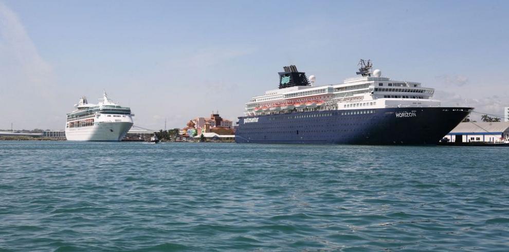 Dos cruceros saldrán de Colón 2000