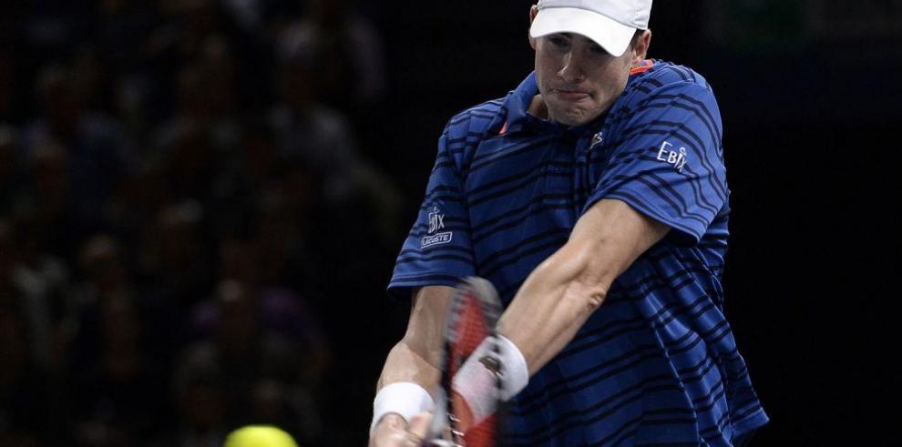 John Isner sacó a Roger Federer del Masters de París