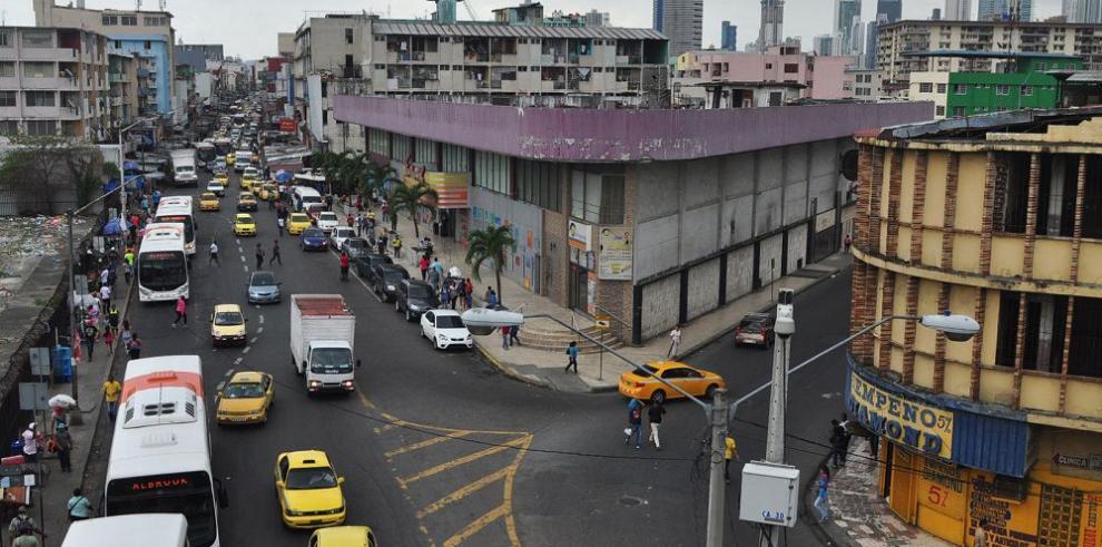Alcaldía presenta plan de renovación de Calidonia