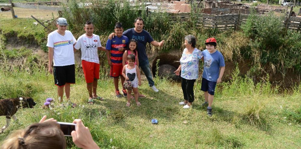 Caparazón gigante con forma de huevo sorprende a vecinos en Argentina