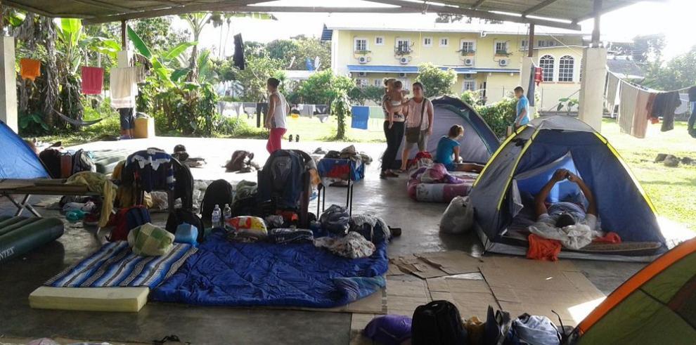 Varela ordena reubicar a los emigrantes cubanos