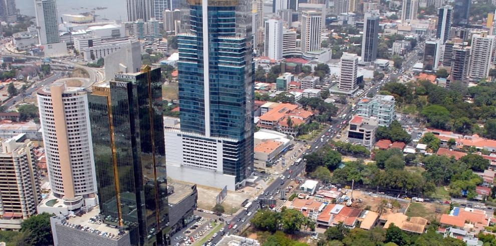 Panamá se mantiene como líder en crecimiento económico