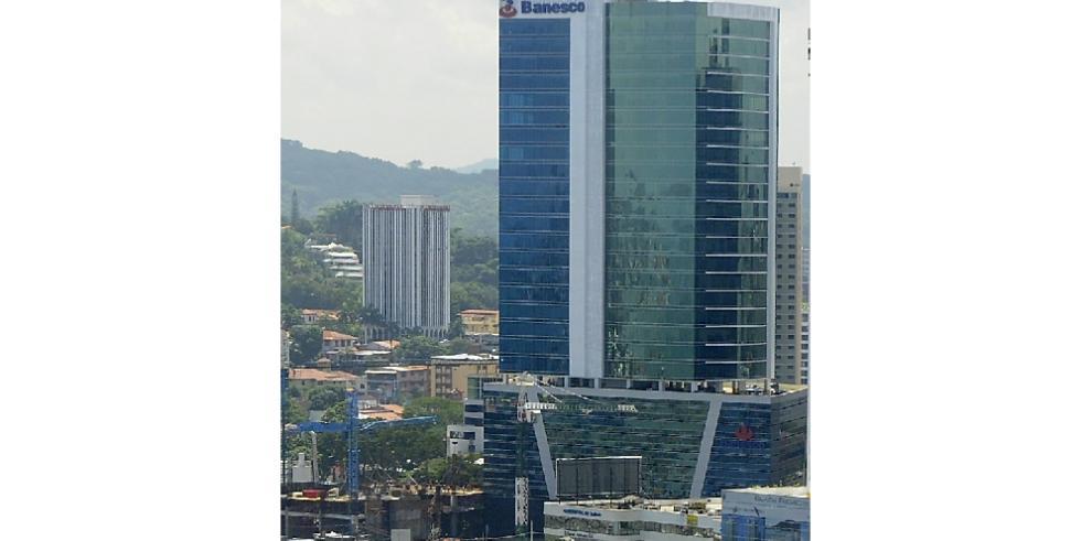 Banesco Panamá niega