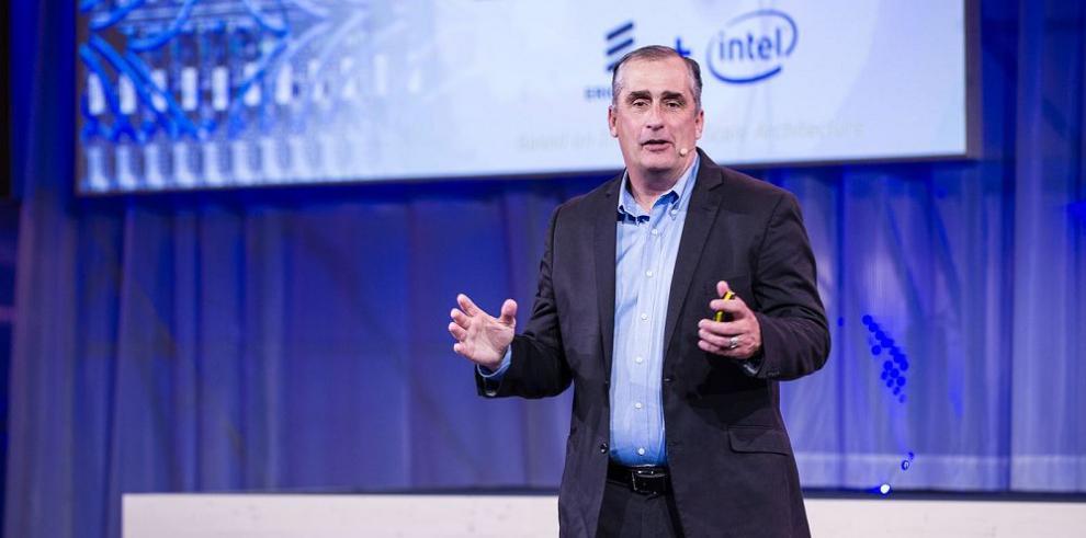 Intel completa la adquisición de Altera