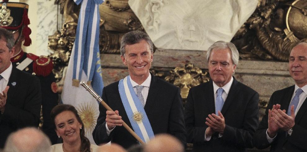 Sobreseen a presidente argentino Macri por escuchas ilegales