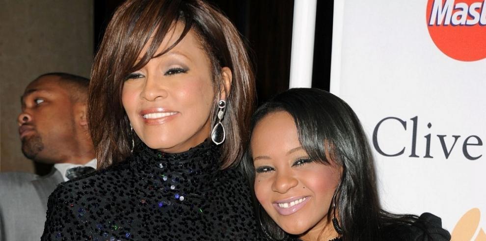 Bajo investigación causas de la muerte de la hija de Whitney Houston