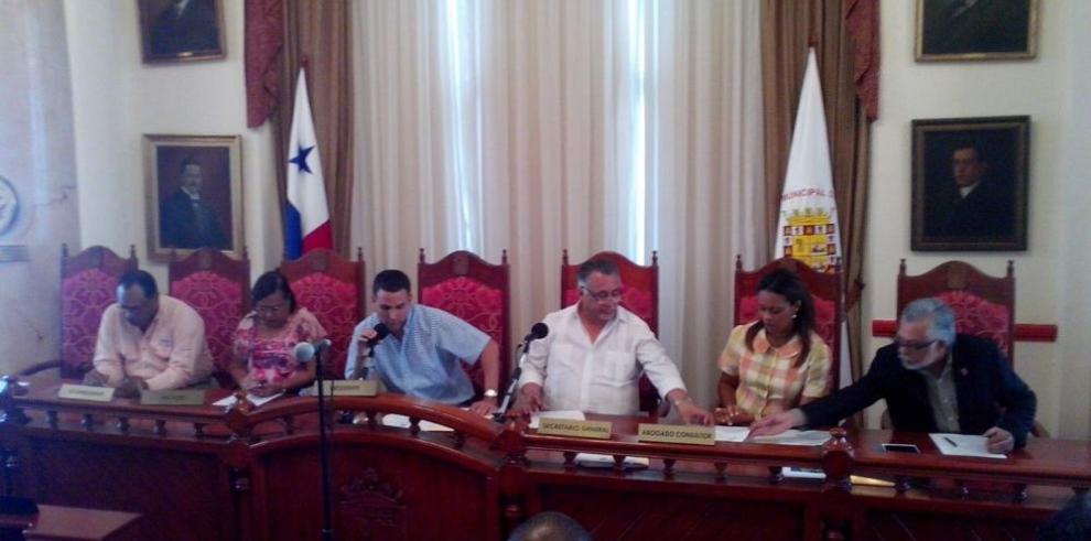 Concejales no logran acuerdo por los manglares