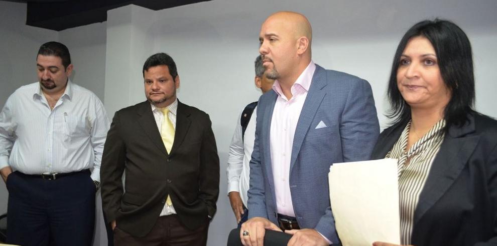 Mirones lanza reto al presidente del PRD