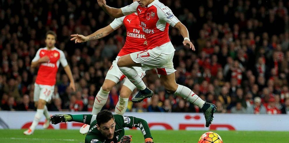 Arsenal deja escapar el liderato tras igualar