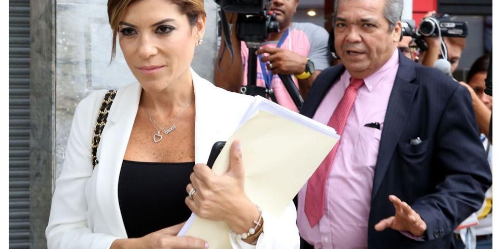 Empresaria Poulett Morales rinde indagatoria ante Fiscalía