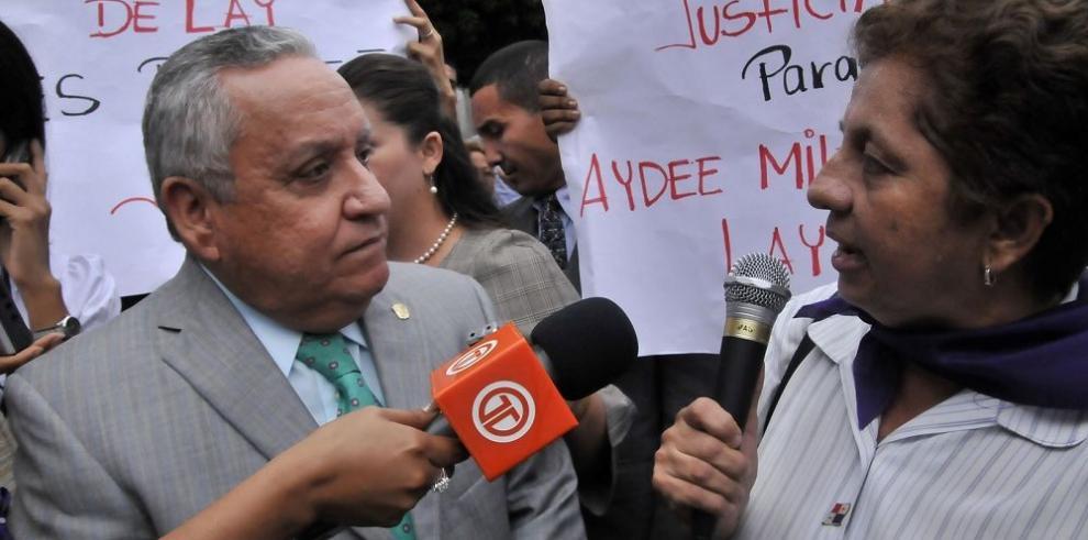 Abogados rastrean las pruebas contra Víctor Benavides