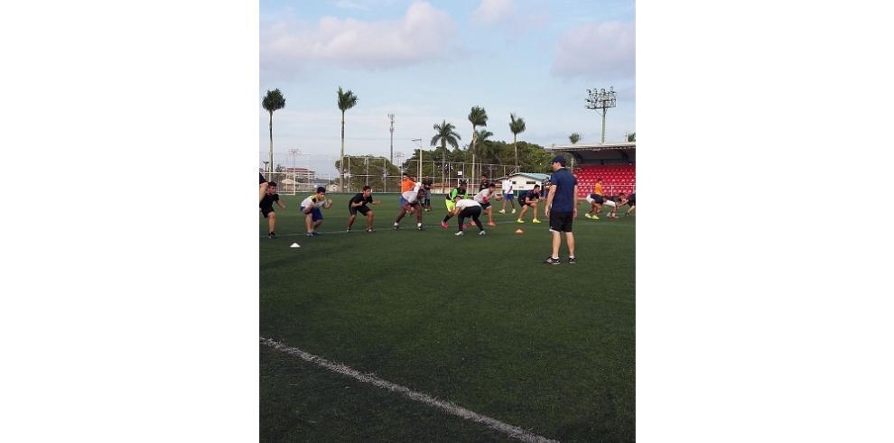 "Exitoso ""Draft"" del Football Kiwanis 2015"