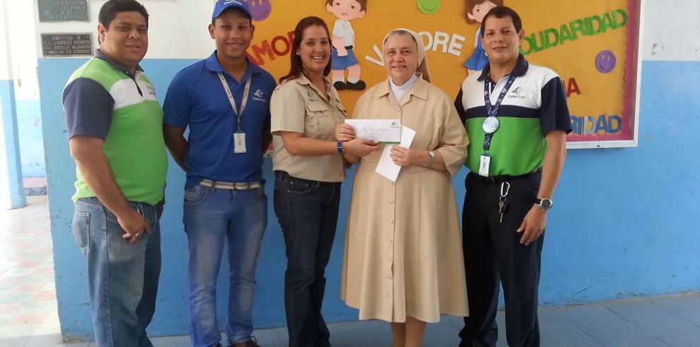 Cable Onda entrega donaciones en el interior