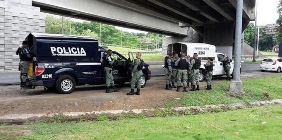 Policías custodian el Puente de las Américas ante amenaza de indígenas