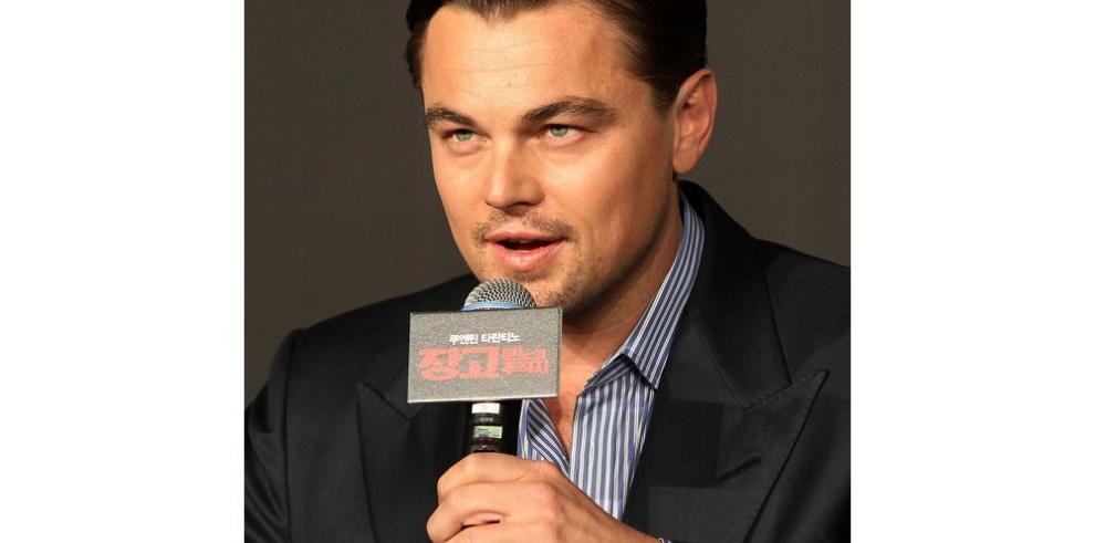 DiCaprio busca chicas en popular red social