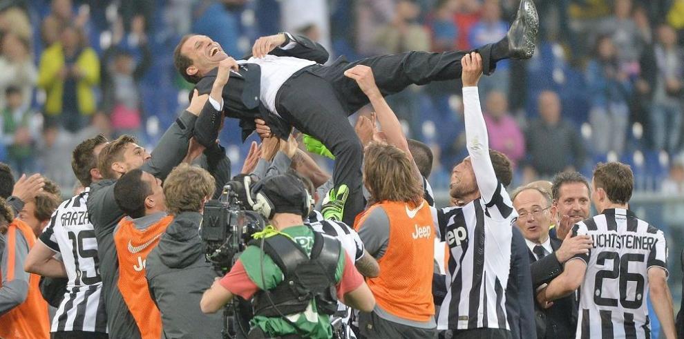 Juventus conquista otro título de la mano de Arturo Vidal