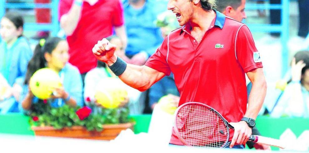 Cuevas reta a Federer en final de Estambul