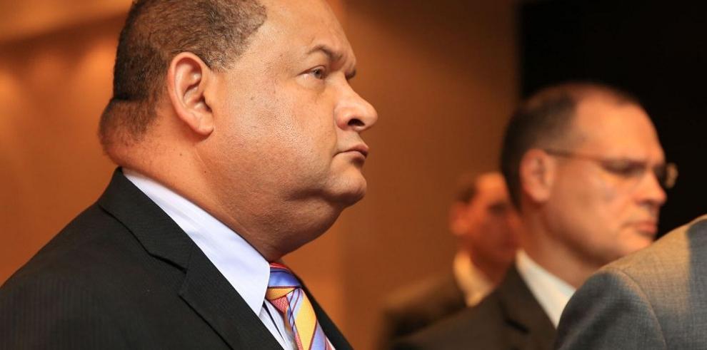 """Robinson apunta a la fractura del """"pacto de gobernabilidad"""""""