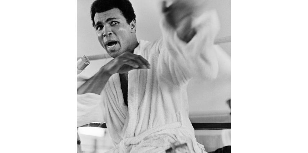 Ali apoyará a Pacquiao en choque contra Mayweather