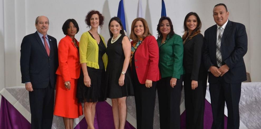Realizan taller sobre derechos de la mujer