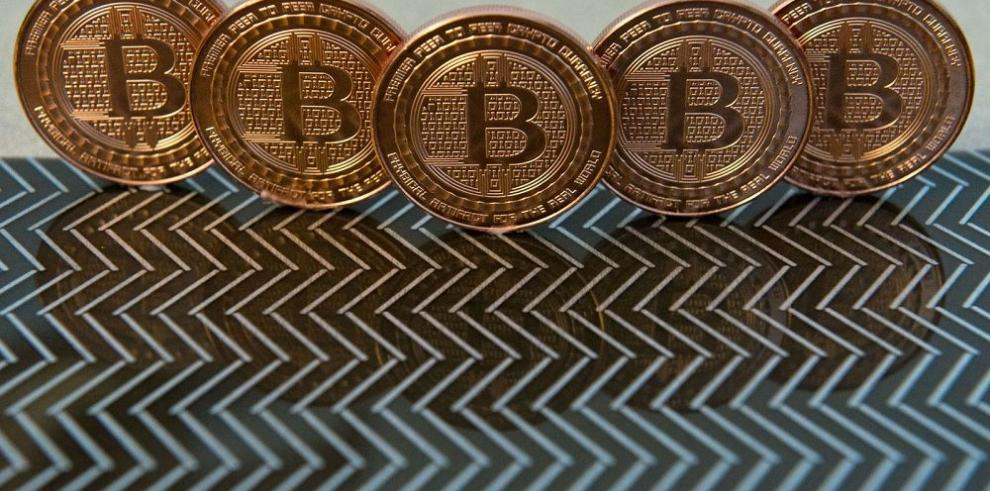 BitPayAdvanced Cash realiza una alianza estratégica