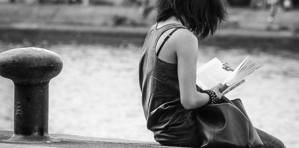 Academia Panameña de la Lengua promoverá acercamiento a la lectura