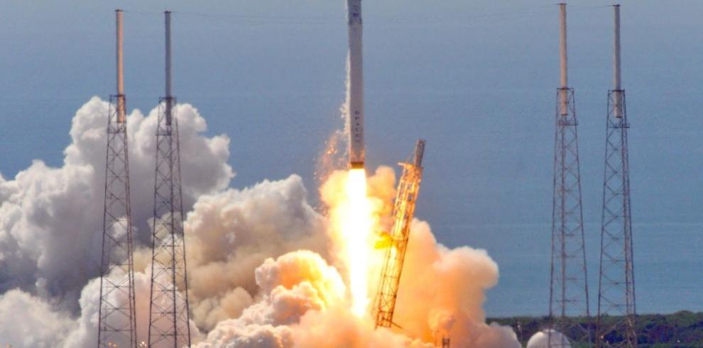 Falla en un pequeño puntal causó la explosión del cohete de SpaceX