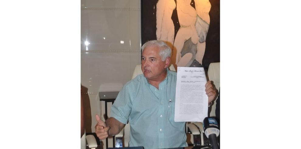Fiscalía rechaza querella de Martinelli
