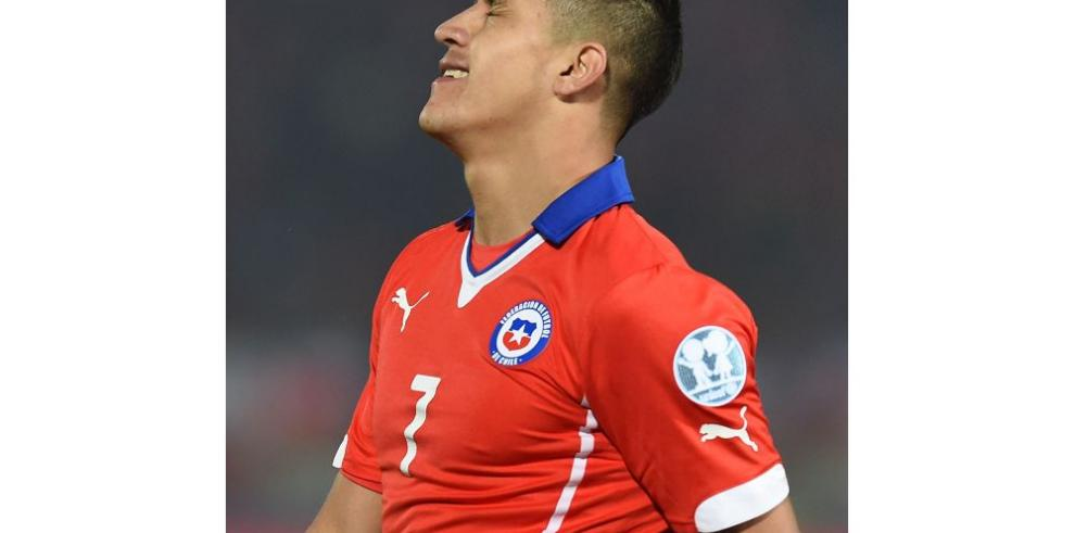 Chile espera que aparezca su goleador