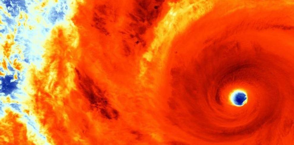 El tifón Soudelor, se acerca al norte de Filipinas
