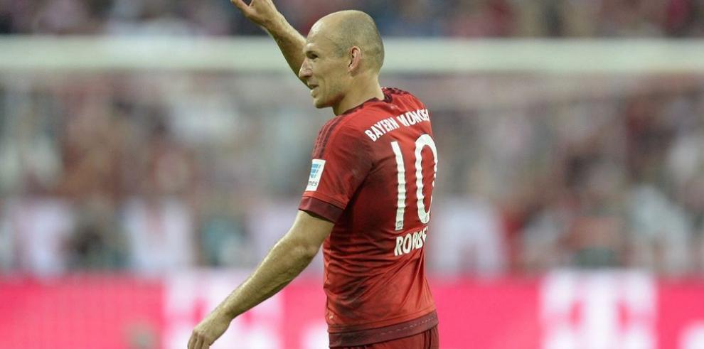 Arjen Robben se lesiona y estará cuatro semanas fuera