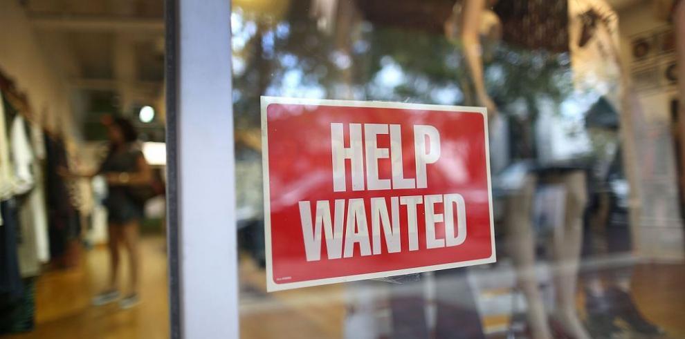 Desempleo de EE.UU. cae 5.1% en agosto