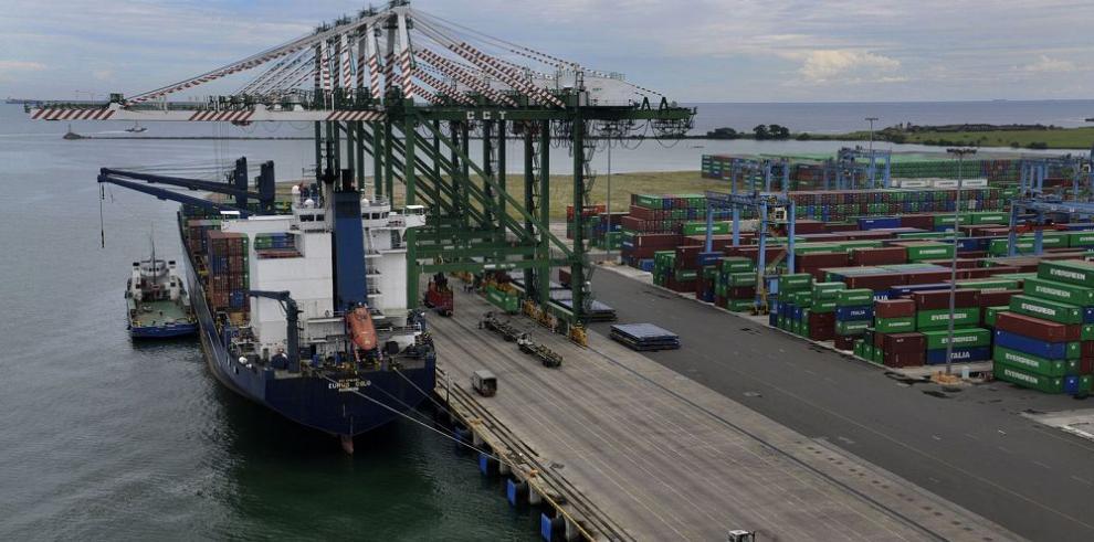 Cae el movimiento portuario en Balboa y Manzanillo