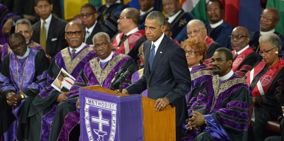 Obama llama a una transformación racial en EEUU
