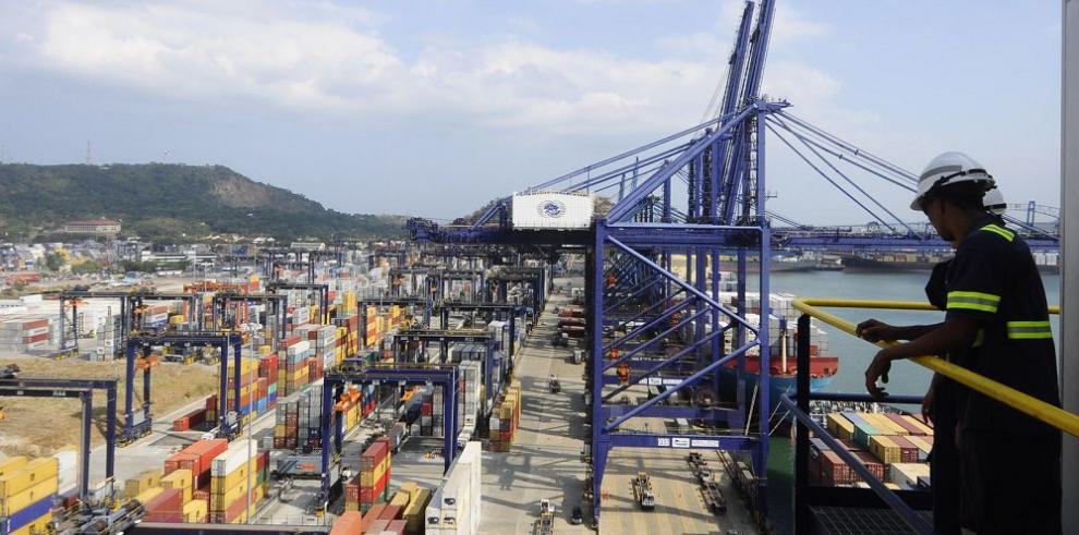 Panamá consolida su economía
