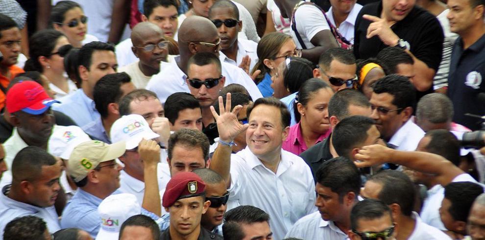 Familias de Colón posan esperanzas en la renovación urbana