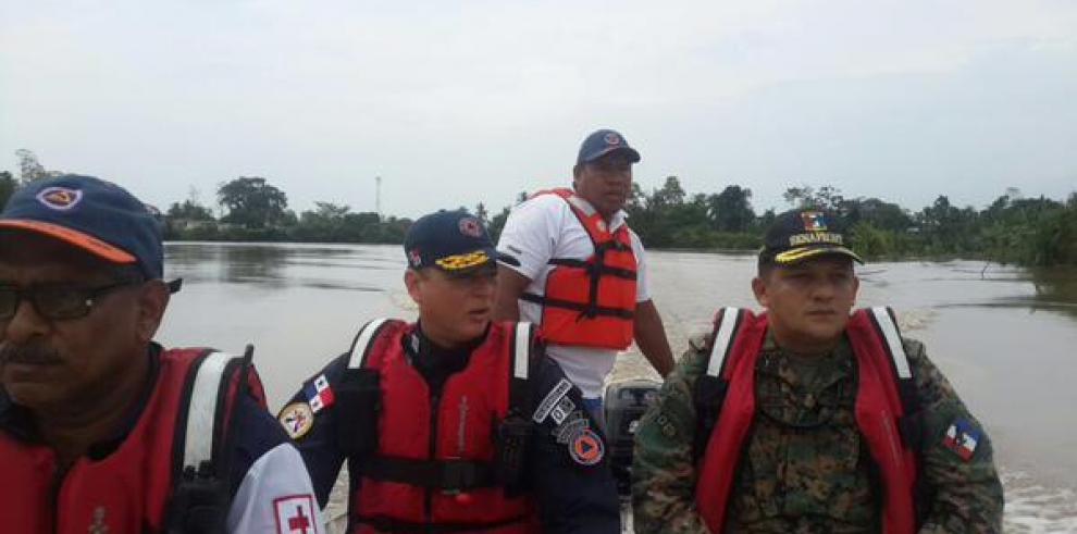Fuerza de tarea conjunta de Panamá apoya a damnificados de Costa Rica