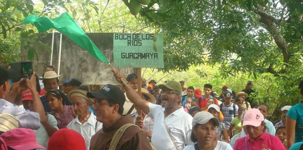 Campesinos piden protección para la reserva hídrica del cerro Guacamaya