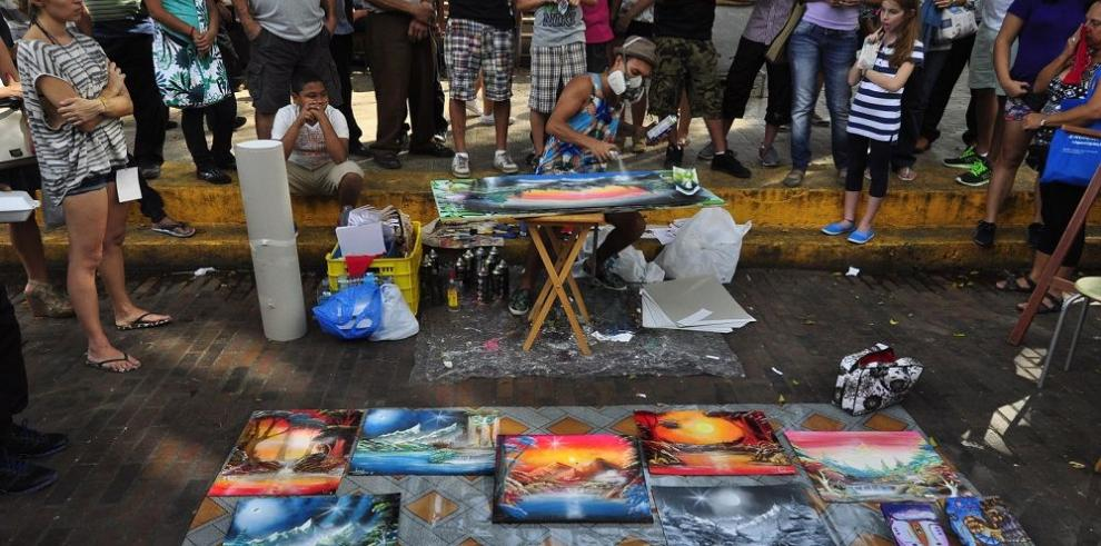El arte se tomó la Peatonal