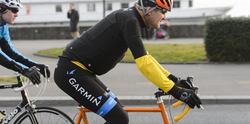 Kerry se rompe el fémur en accidente de bicicleta y regresa a EE.UU.