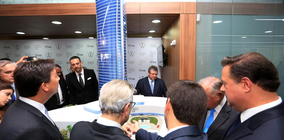 Varela inaugura la primera Bolsa de Diamantes de Panamá